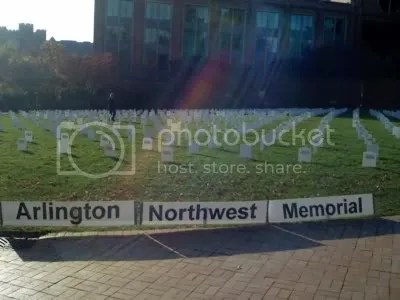 US troop deaths in Iraq represented by paper tombstones on the HUB lawn at the University of Washington