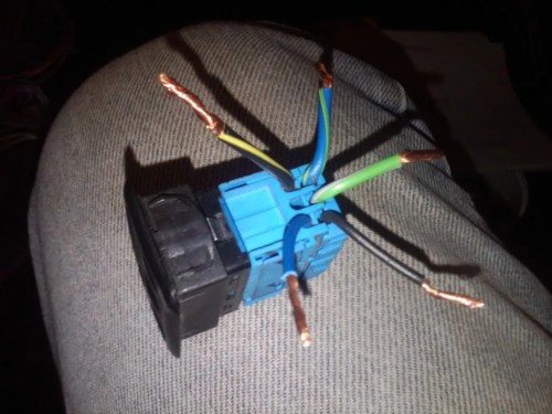 small resolution of sunroof switch wiring please help r3vlimited forums push button ignition switch wiring below is pics