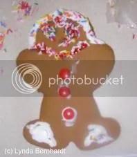 Gingerbread man (c) Lynda Bernhardt