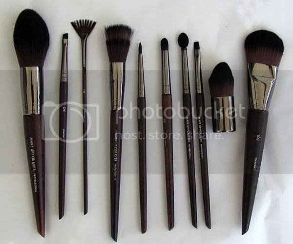 My Face Brush exhibits varieties of designer facial brushes with elegant looks