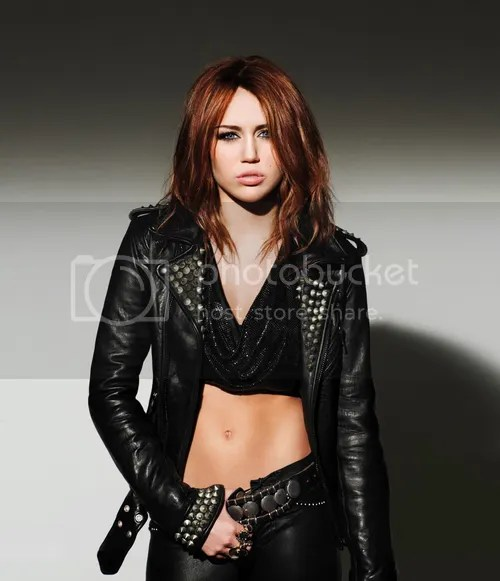 Can't Be Tamed CD Cover