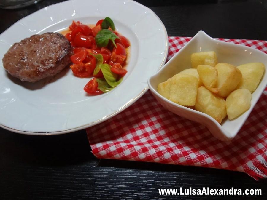 Batatas Bravas photo DSC07155.jpg