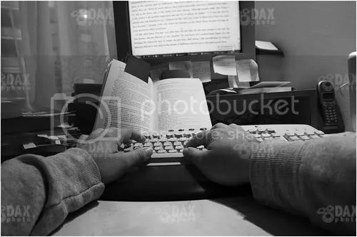 Somewhere around the time photography got serious, I slowed down on writing novels. My last (way too long) text was my faculty diploma.