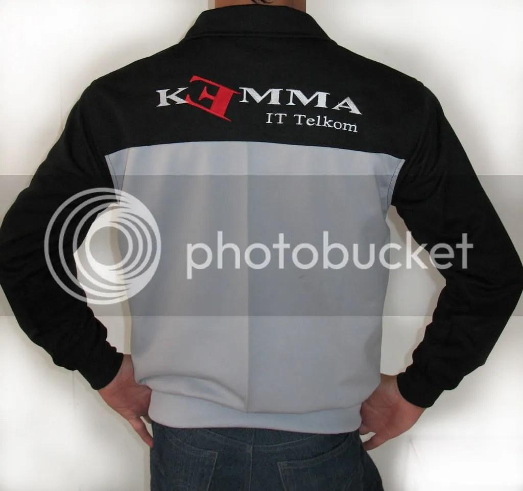 jaket kemma tampak belakang
