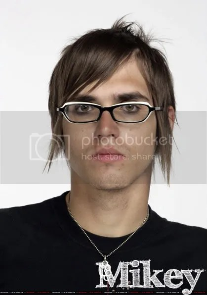 Mikey Way Hairstyles – Cool Men's Hair