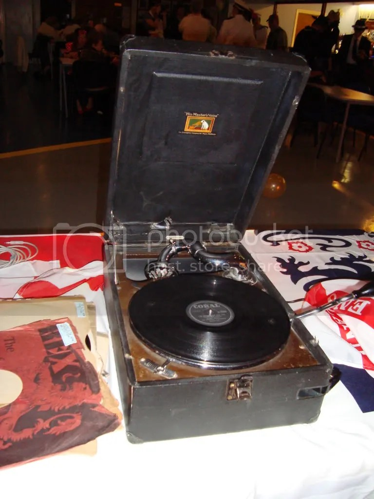 HMV Gramophone, Wind-up gramophone