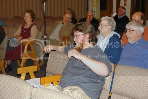 Audience gets into discussion