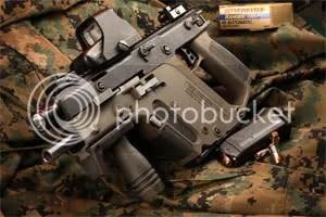 致命的短劍!槍械的革命!美國KRISS.45衝鋒槍 - 杰寬部落格 - Yahoo!奇摩部落格