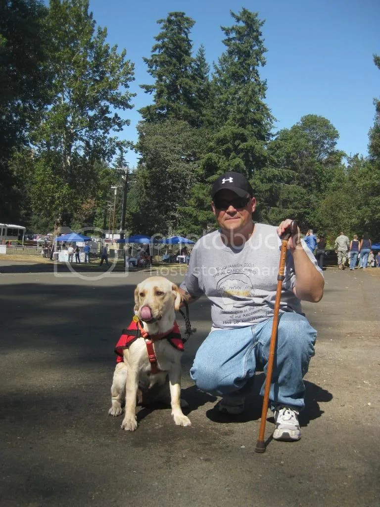 Our roving angels met lots of great people and dogs!