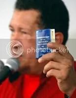 https://i0.wp.com/i237.photobucket.com/albums/ff41/prodefensadelaeducacion/chavez_constitucion.jpg