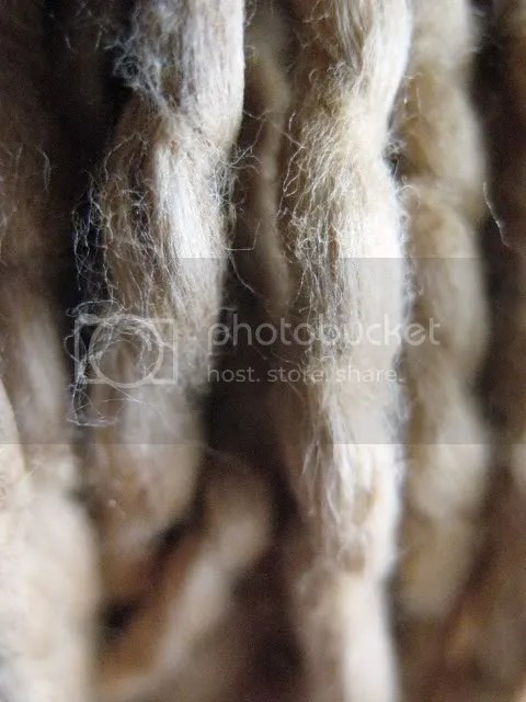 golden_yarn_closeup