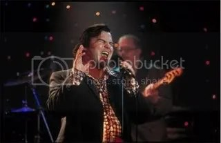 Were no longer called Sonic Death Monkey. Were on the verge of becoming Kathleen Turner Overdrive, but just for tonight, we are Barry Jive and his Uptown Five.