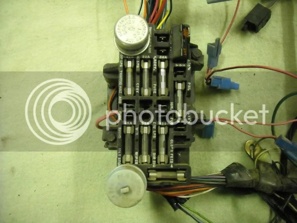 1979 Chevy Fuse Box 305 Explore Schematic Rhechangeconventioncollective: 1986 Chevy Chevette Fuse Box Diagram At Gmaili.net