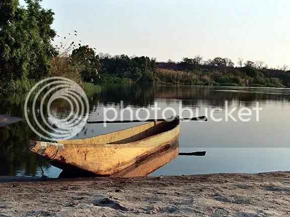 Mokoro on Zambezi