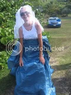 Awesome wedding dress!