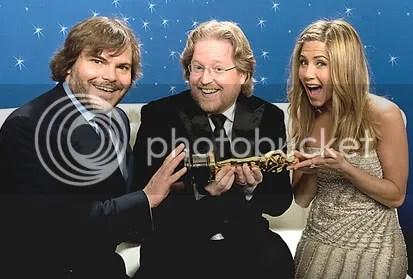 Jack Black, Andrew Stanton e Jennifer Aniston nos bastidores. Foto de Todd Wawrychuk - CLIQUE PARA AMPLIAR ESTA FOTO EM ÓTIMA RESOLUÇÃO