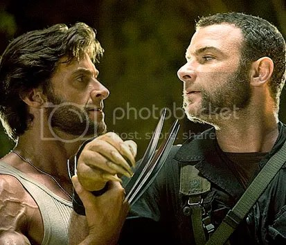Hugh Jackman como Logan/Wolverine e Liev Schreiber como Victor Creed - CLIQUE AQUI PARA AMPLIAR ESTA FOTO EM ÓTIMA RESOLUÇÃO