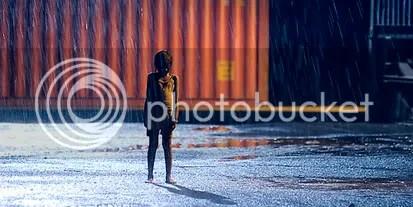 Latika toma um banho de Lua - CLIQUE PARA AMPLIAR ESTA FOTO EM ÓTIMA RESOLUÇÃO