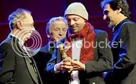 Padilha recebe o Urso de Ouro em Berlim