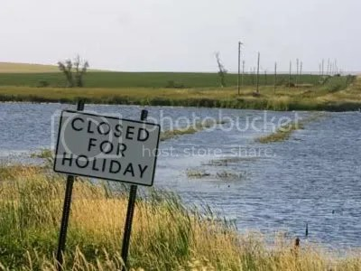 closed-for-holiday Pictures, Images and Photos