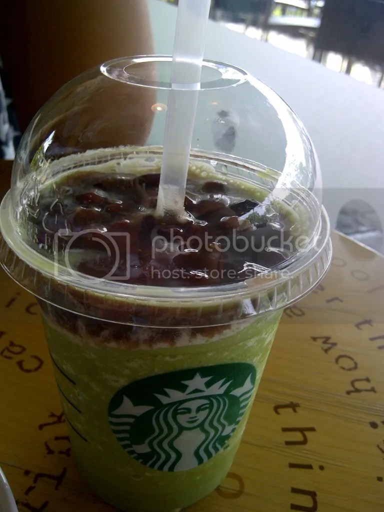 Red Bean Green Tea Frapp, Tall (Rp 42k)