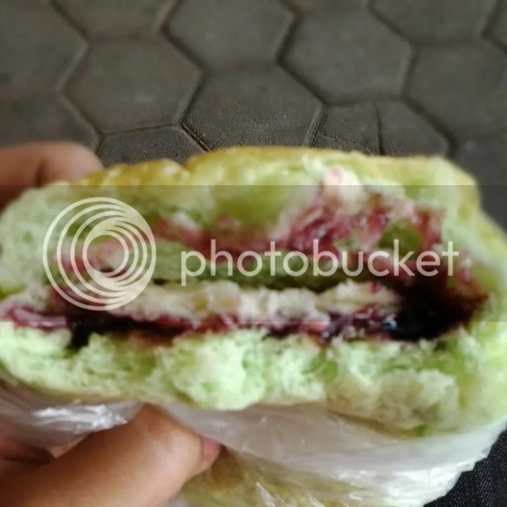 Rokus Blueberry Keju (Rp 4k)