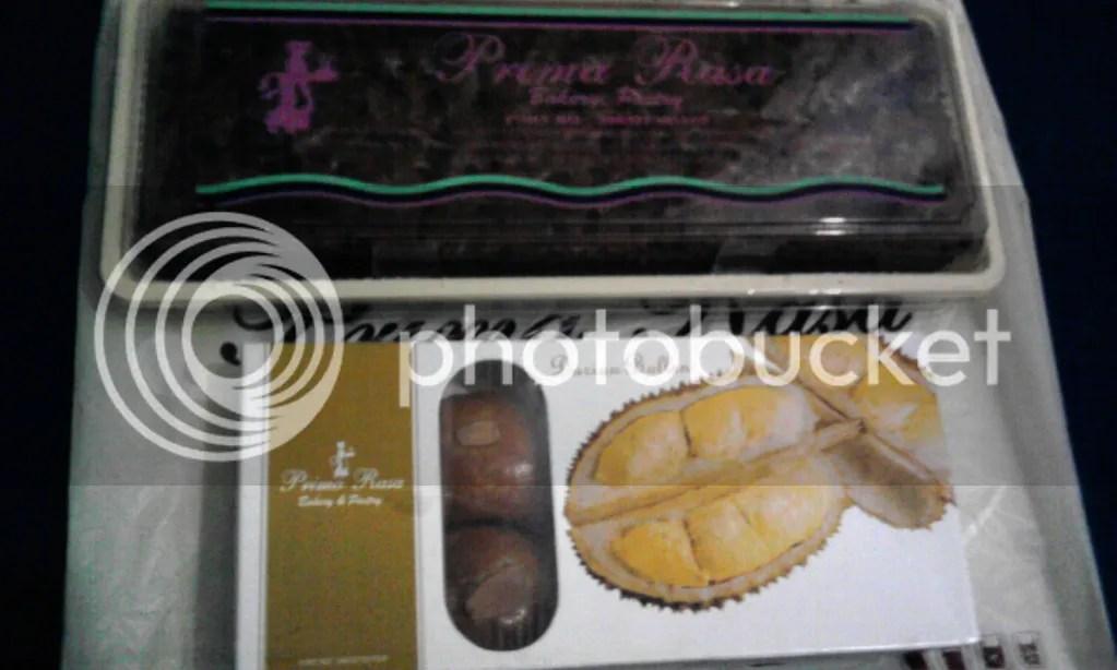 Brownies Coklat Chips + Bolen Durian