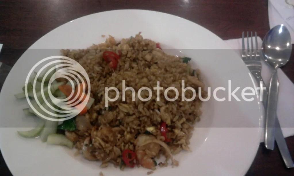 Nasi Goreng Seafood (Rp 21.815)