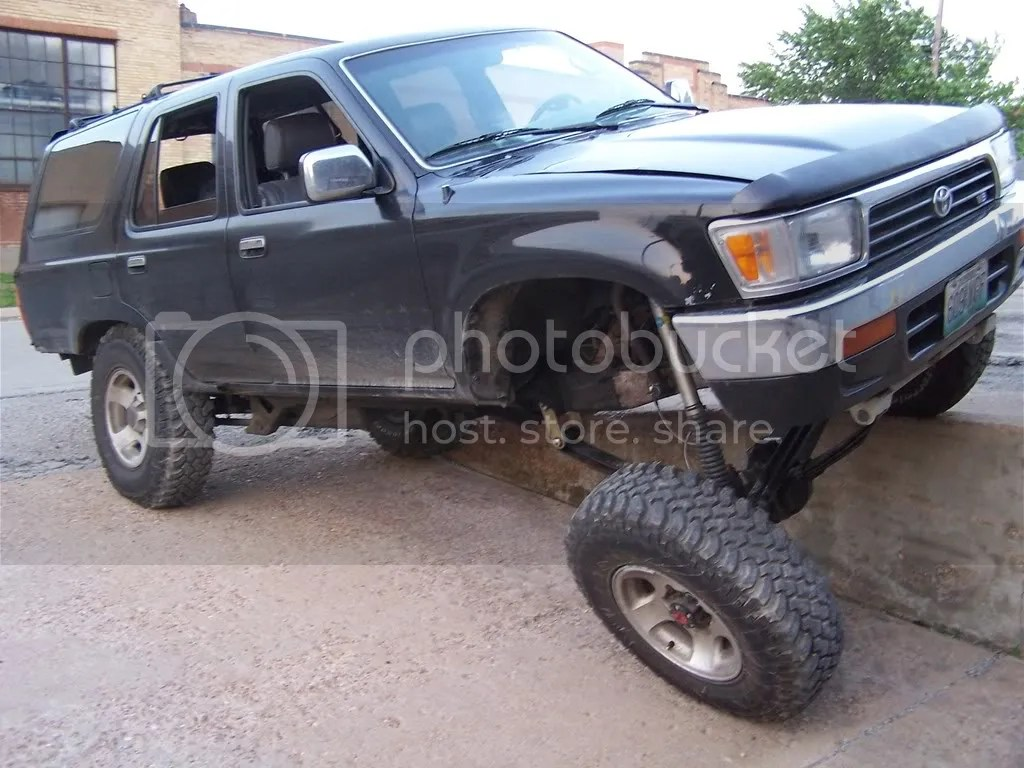 hight resolution of edit pic is with rear sway bar attached and hooked up killer b s 1992 4runner 1uzfe