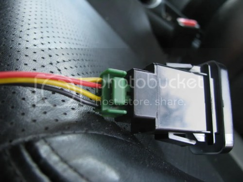 small resolution of brown plug connected to brown female connection under dash