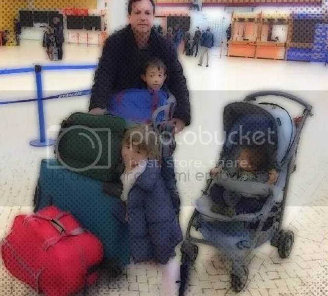 photo aeropuerto-despedida_zpsfz5pxebj.jpg