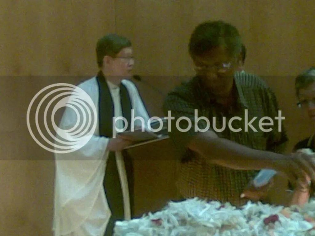 JBJmandai33.jpg JBJ's funeral service at Mandai crematorium picture by wayangparty
