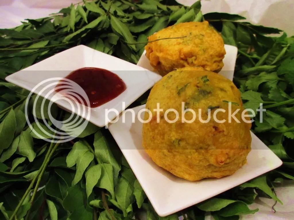 Batata Vada (Fried Potato Dumpling)