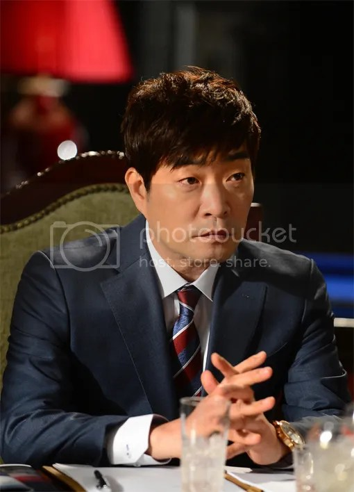 https://i0.wp.com/i260.photobucket.com/albums/ii10/nguyenkimngan/News/SonHyunJoo_zps38e9a126.jpg