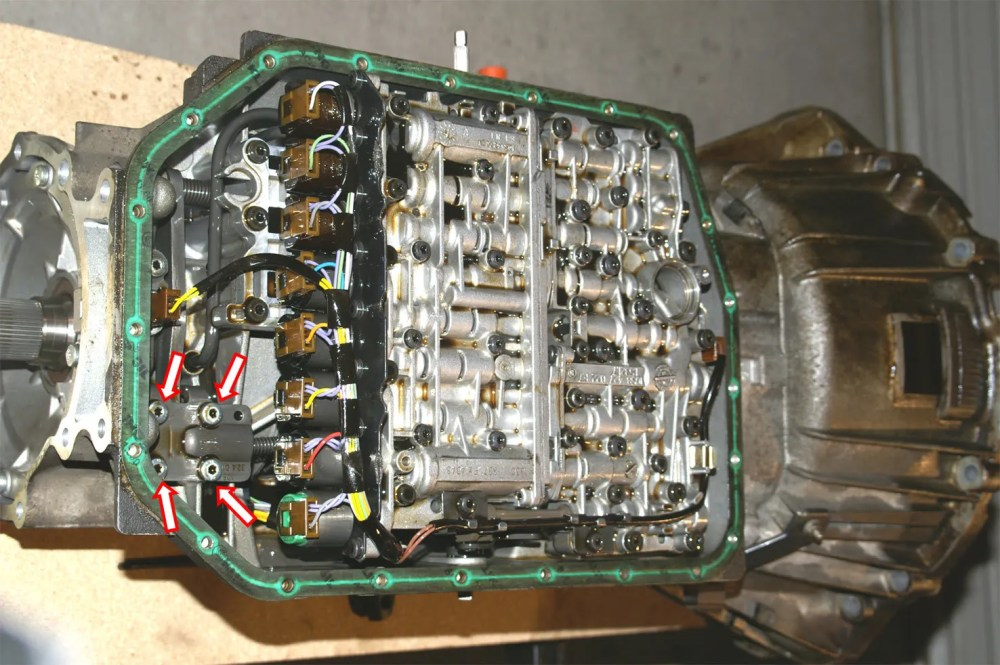 medium resolution of 2004 rr transmission problem and questions parklockrelease 2004 rr transmission problem and questions range rover p38 range rover p38 fuse box
