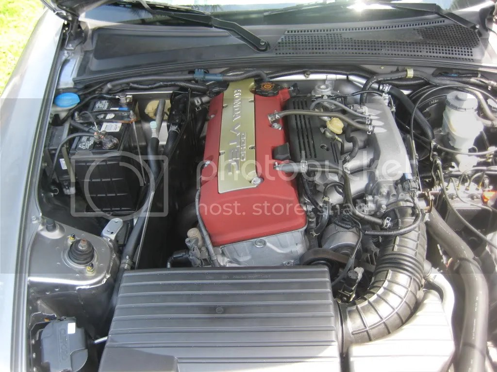 hight resolution of engine bay