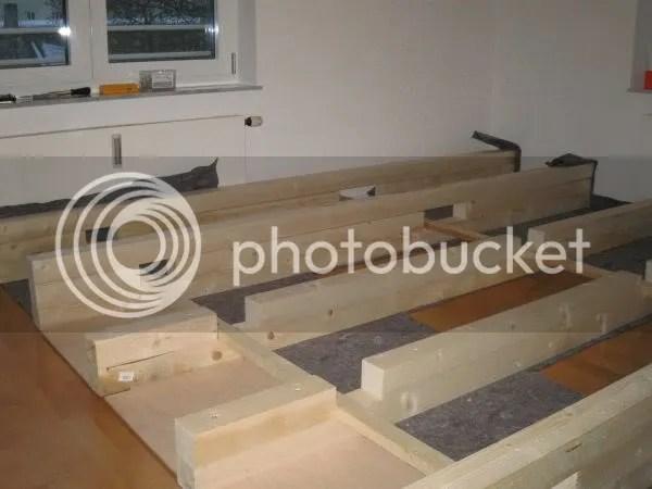 Holzkonstruktion - 3te Schicht Längsbalken