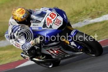Team mate Valentino Rossi yang berhasil meraih predikat Rookie of The Year MotoGP 2008.