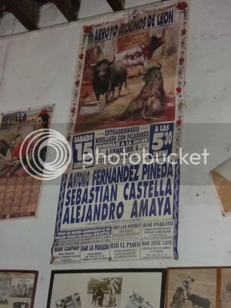 Cartel taurino Corrida en Homenaje a la Mujer- Arroyomolinos de León- Expuesto en Bodegas Gaviño. La Pañoleta- Camas