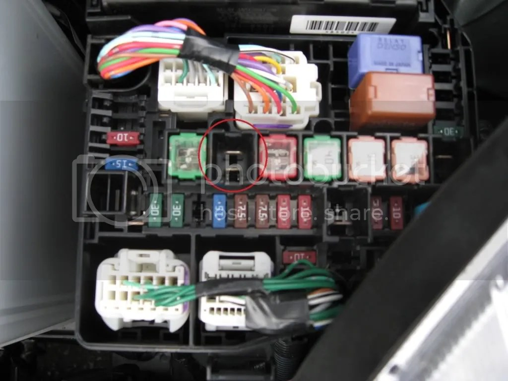 hight resolution of the fuses i am talking about are the right hand brown 7 5a fuse on the bottom row and the missing large fuse on the same row 3 fuses to the right