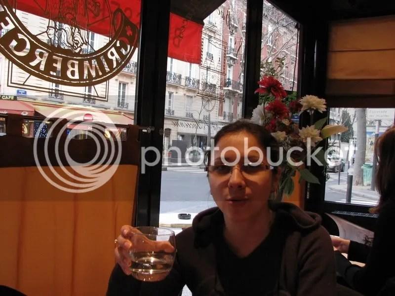La Brasserie, la cateva strazi de Tour Eiffel