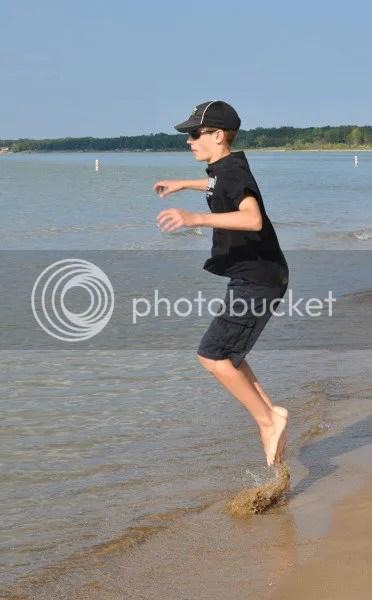 DSC_0450_zps5a1d7d0f c jumping waves