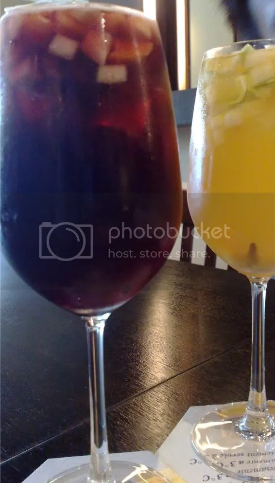 cocktail,sangria,spanish