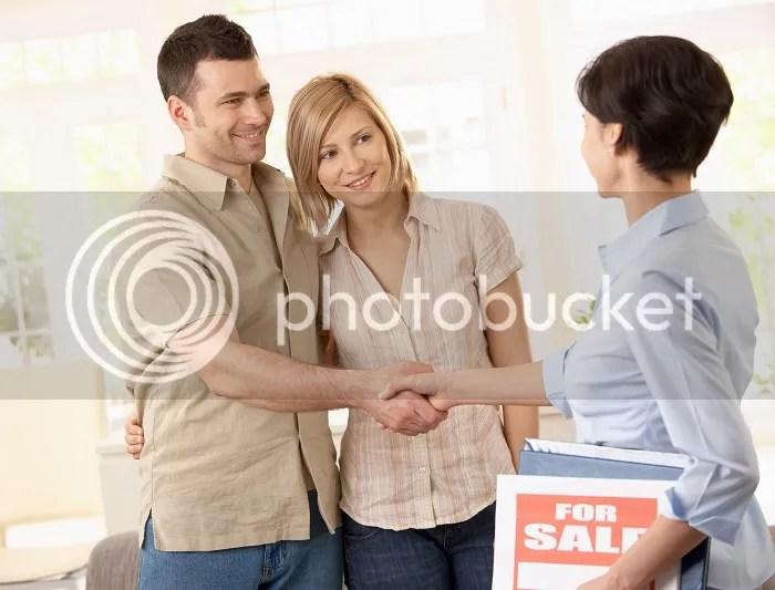 """để làm được chuyên viên môi giới bất động sản chuyên nghiệp, bạn cần phải biết được """"4 chìa khóa vàng"""" trước khi bước chân vào nghề"""