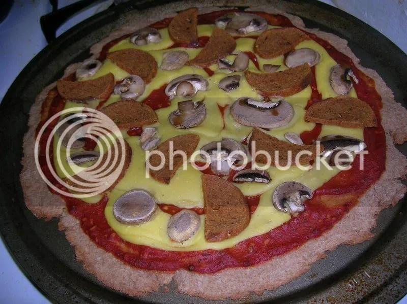 Seitan-roni Pizza