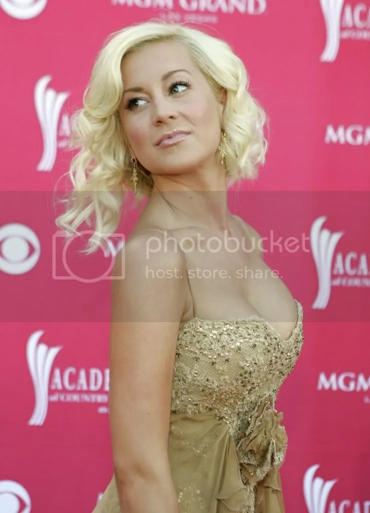Kelly Pickler ACM Awards