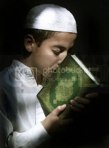 Kisses Qur'an