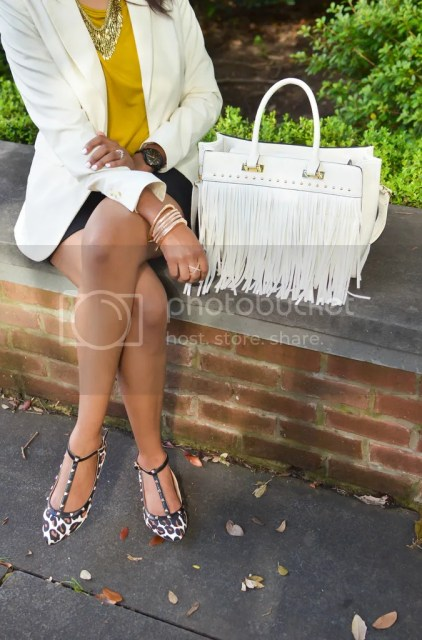 dallas blogger, blogger, fashion blogger, dallas fashion blogger, black girl blogger, spring fashion, layer fashion, statement necklace, leopard print shoe, fringe trend, fringe handbag, DVF Sunglasses, x ring sole society, shorts with blazer, arm party, arm stack, detroit fashion blogger