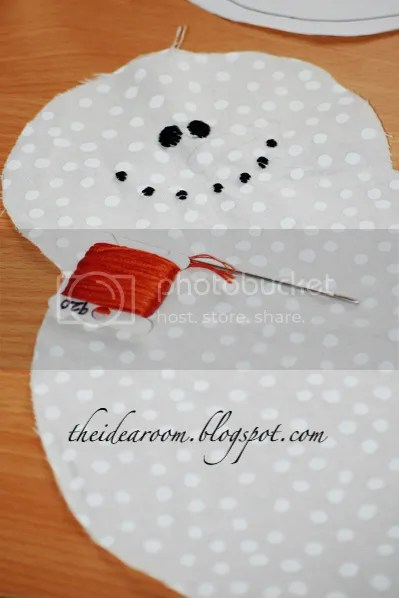 Snow Man Oven Mitt Tutorial  The Idea Room
