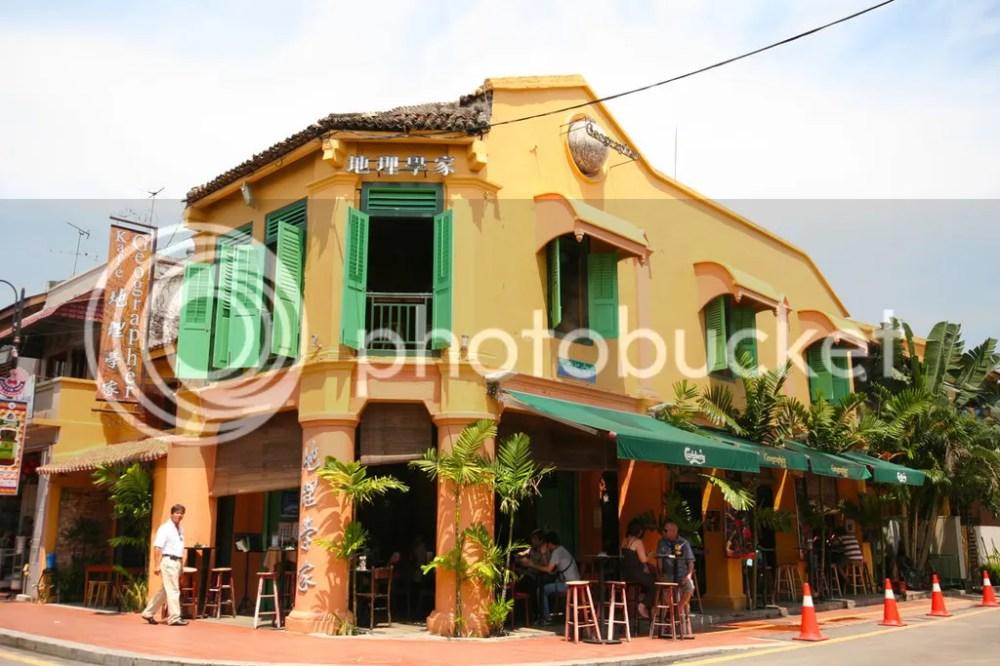 photo geographer-cafe.jpg